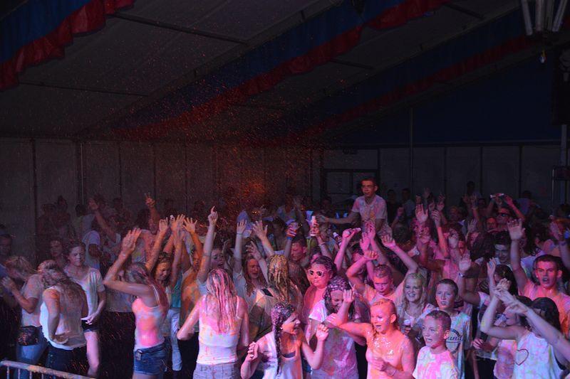 color-party-feesttent-nieuweroord (18)-1