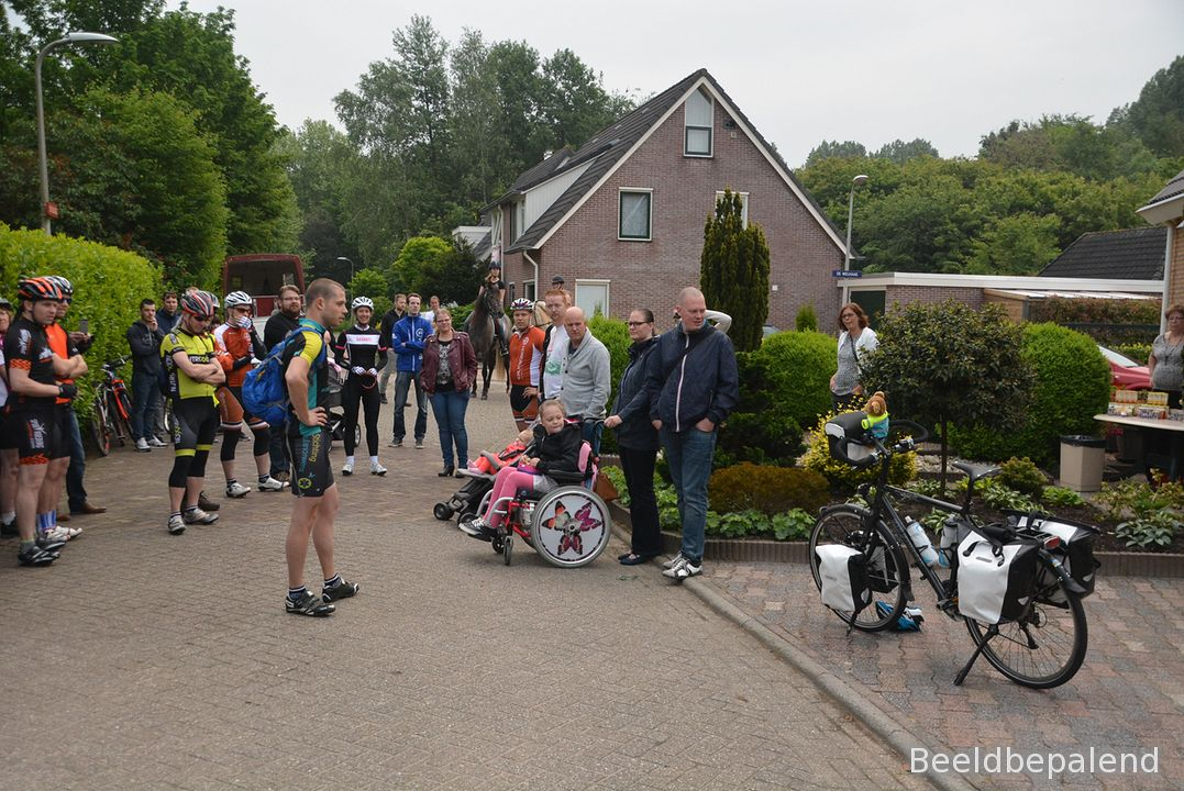 stichting-doe-een-wens-ambulance-wouter-zwiers (02)-1
