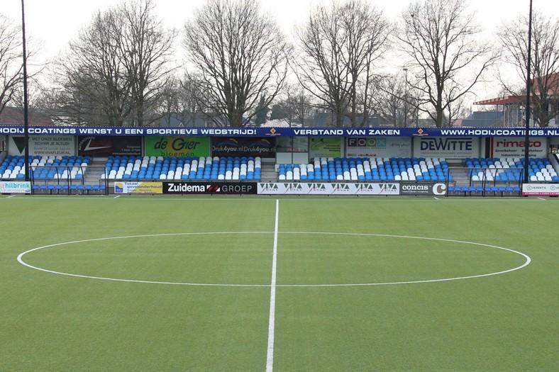 Vernieuwde tribune VV Hoogeveen