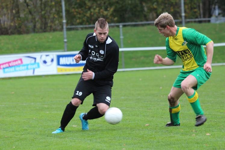 Fit Boys - Hoogeveen zaterdag (14-11-2015) (3)