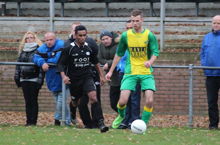 Fit Boys - Hoogeveen zaterdag (14-11-2015) (4)